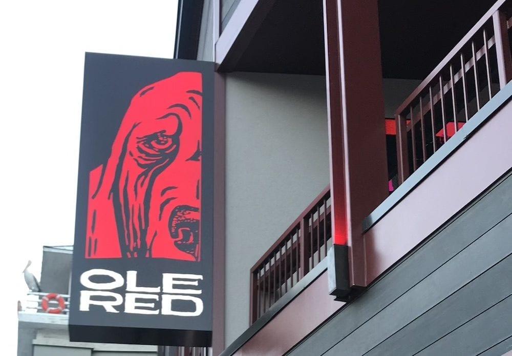 ole red restaurant in gatlinburg